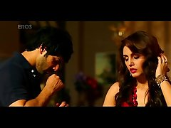 Huma qureshi hot bed scene with varun dhawan